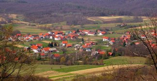 Medvednica, pogled na selo