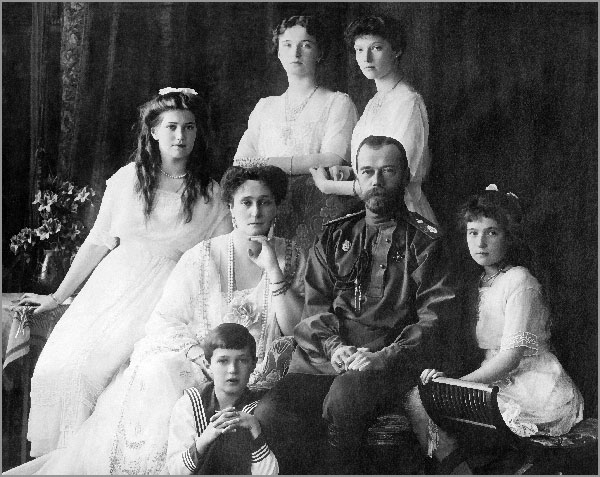 Romanovi-1913